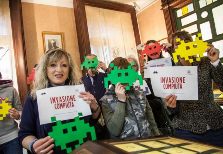 #invasioneistocarta